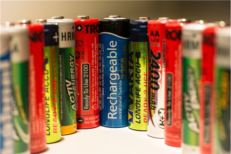 Picture Of Different Batteries